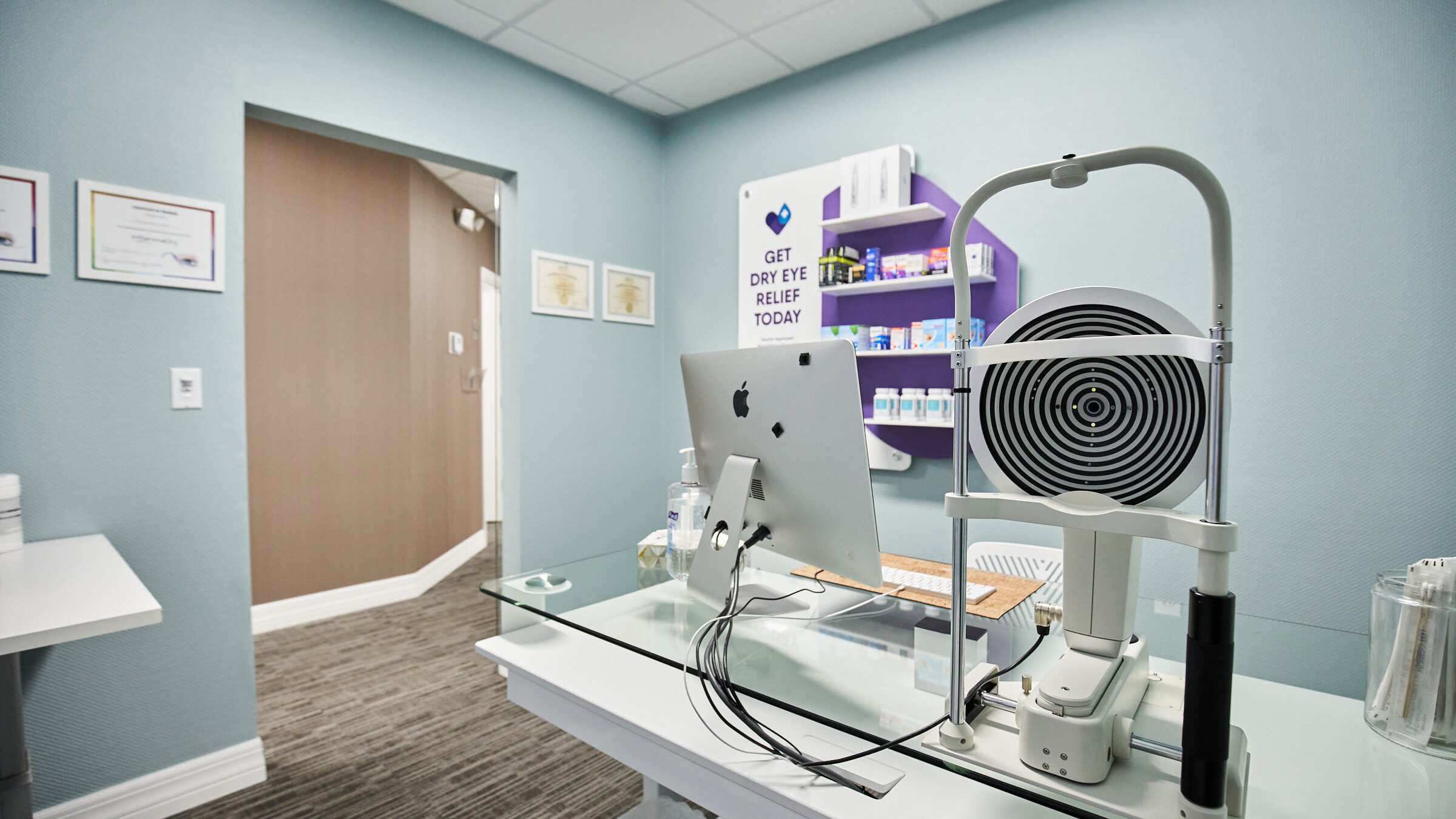 SVL-DER-Treatment-Room-2400x1600
